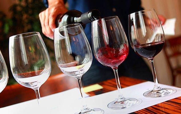 12. Teksas'ta yapılan bir araştırmada şarap deneyenlere 3 farklı seçenek sunuldu. Fransa, Kaliforniya ve Teksas!