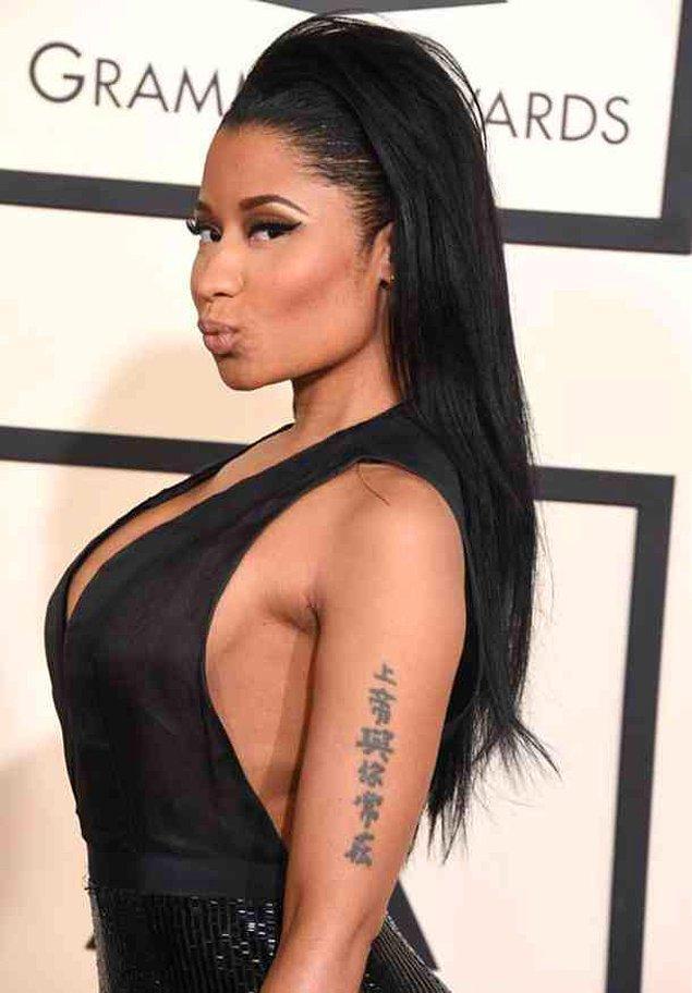 17. Nicki Minaj'ın Çin sembolleri dövmesi: