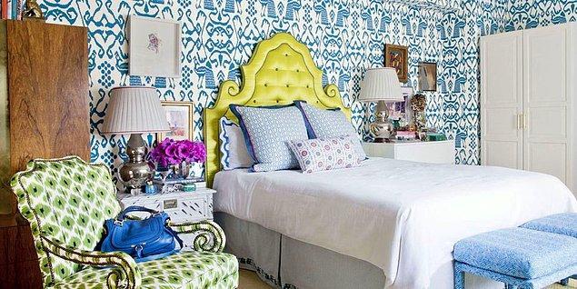 1. Su tonlarında rahatlatan bir yatak odası