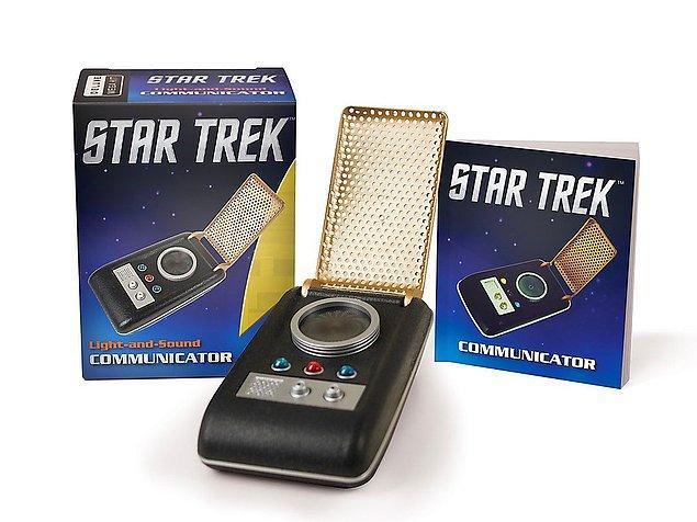 5. Star Trek'i izlerken hep şu cihaza konuşmak istemişimdir diyenler için kendi ses-ışık birleştiriciniz ayağınıza geldi!