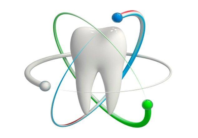 Tüm bunlar olurken aynı üniversitede bir başka araştırmacı ekip, çürük dişe düşük voltajlı elektrik vererek, çürük sebebiyle alınamayan ve dişi besleyen minerallerin tekrar dişe girmesini sağladı.