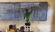 Microsoft Devreye Girdi: Kara Tahtada 'Word' Öğreten Öğretmene Bilgisayar Sözü