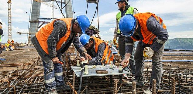 'Sanki inşaat işçilerinin ailesi yok, onların ahlak anlayışları yok, duyguları yok, damızlık gibi yansıtıyorlar'