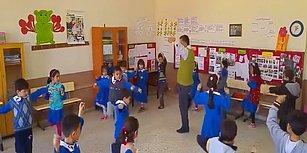 Öğrencilerine Zeybek Oynamayı Öğreten Öğretmenden İçinizi Isıtacak Görüntüler