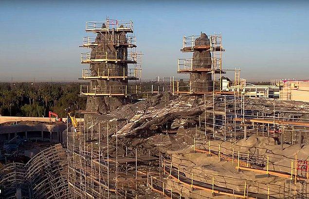 Disney, efsane kült bilim kurgu serisi hayranları için çok güzel bir haberi YouTube hesabından yayınladığı video ile duyurdu.