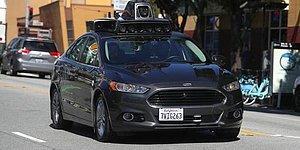 Uber'in Sürücüsüz Aracının Bir Yayanın Hayatına Mal Olduğu Kazanın Görüntüleri Yayınlandı