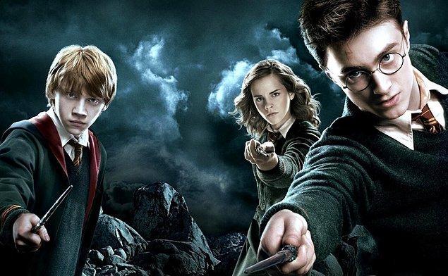 Harry Potter ve Sihirlerle Dolu Dünyası!