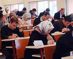 Yabancı dil öğrenmeyi gerektiren bir bölüm yazdıysan, her ders çalışman gerektiğinde  hayatı sorgulamaya başlarsın.