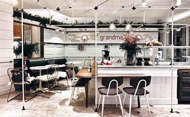 26. Grandma Bakery Cafe