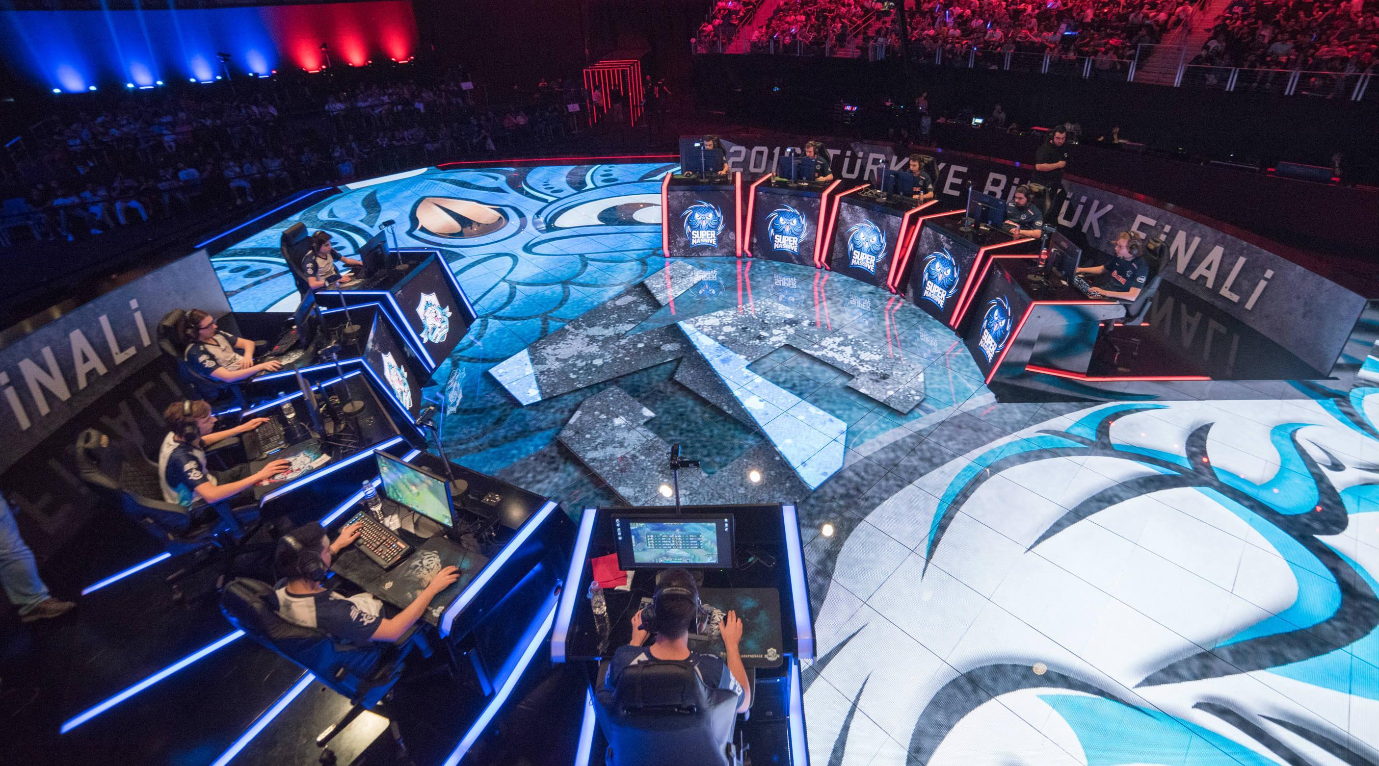 Kupanın Sahibi Kim Olacak League of Legends 2018 Kış Mevsimi Finalleri Başlıyor 79