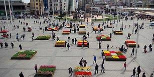 İstiklal Caddesi'nden Sonra Şimdi de Taksim Meydanı: Saksıda Lale Devri