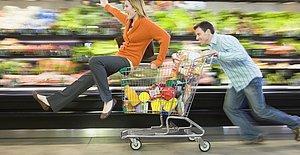 Market Kasalarında Görmeye Alıştığımız 9 Ömür Törpüsü İnsan Tipi