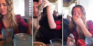 Nusret'in SaltBae Hareketini Yapmak İsterken Yemeği Murdar Eden Kadın