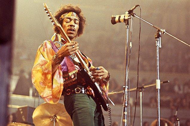 1. Jimi Hendrix, Şarkıcı