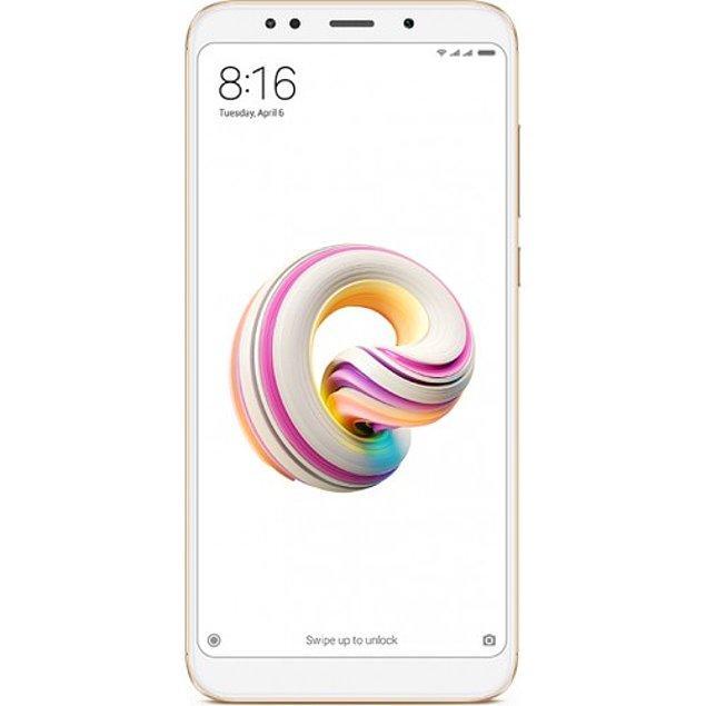 7. Çok uygun fiyatı ve inanılmaz performansıyla bir de üstüne kolay kullanımıyla kocaman bir alkışı hakeden Xiaomi Redmi 5 Plus 32 GB