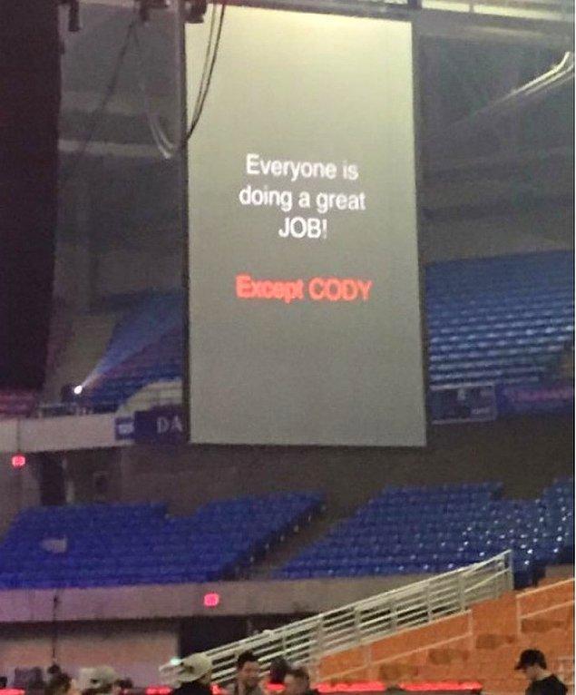 14. Cody'nin suçu ne?