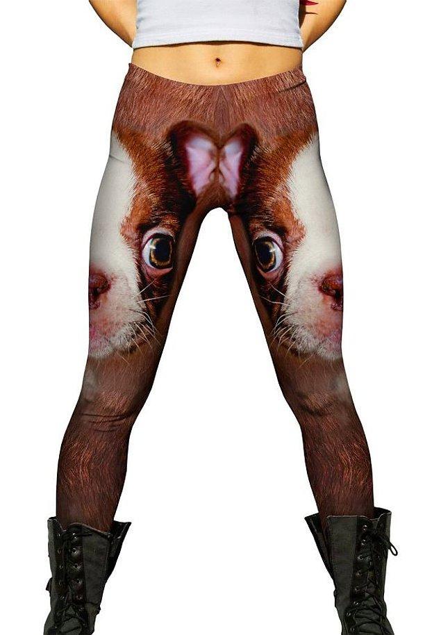16. Bu pantolonun üzerindeki desen bir harika... 😖