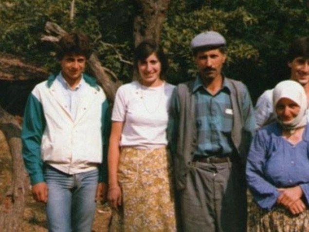Muharrem İnce, 4 Mayıs 1964 yılında Yalova'nın Elmalık köyünde dünyaya geldi. Evet, adının açıklandığı gün 54. yaş günüydü.