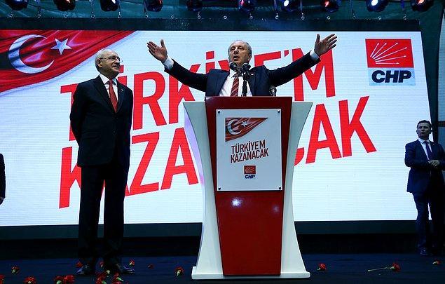 """Ve bugün """"39 yıl CHP'nin rozetini taşımış birisi olarak ben tarafsız bir cumhurbaşkanı olacağım ve rozetimi size emanet ediyorum"""" diyerek rozetini çıkardı."""