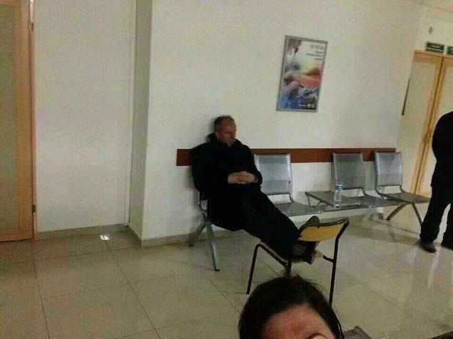 2014 seçimlerinde Yalova adliyesindeki bu fotoğrafı sosyal medyada 'Mücadelenin resmi' olarak tanımlanmıştı.