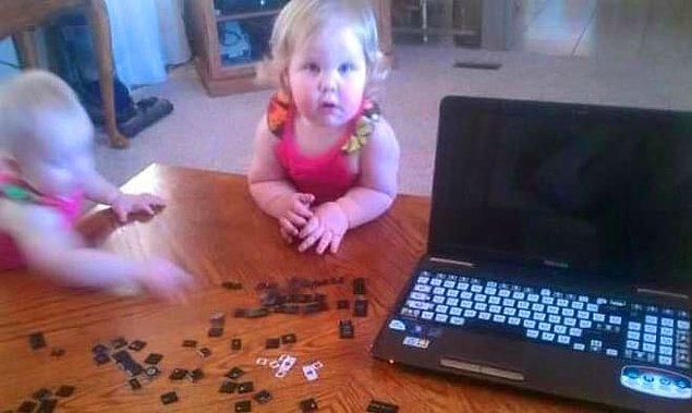 14. Evden mi çalışıyorsunuz? Çocuklarınız işinizi daha eğlenceli bir hale getirmeye çalışıyorsa onlara izin vermeyin.