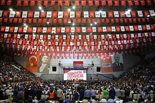 Ahmet Taner Kışlalı Spor Salonu'nda yapılan resmi açıklama neredeyse tüm haber kanallarında  canlı yayınlandı. Böylece cumhurbaşkanlığı yarışında geri sayım başlamış oldu