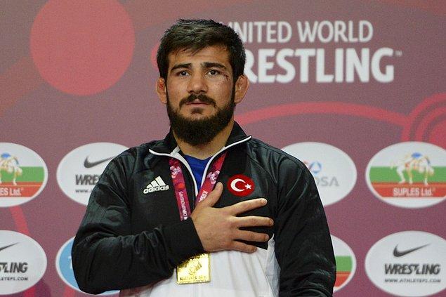 Demirtaş yaptığı açıklamada 'Bu Avrupa şampiyonluğumu aileme armağan etmek istiyorum' dedi ve şöyle devam etti 👇