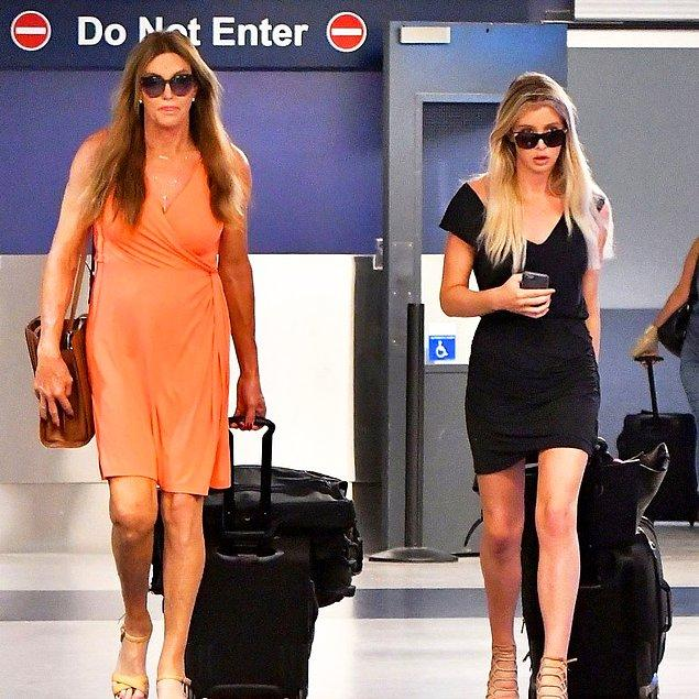 Nişan haberleri önce doğrulandı, sonra Caitlyn Jenner tarafından inkar edildi.