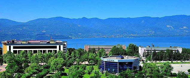 Sakarya Üniversitesi'nde 89 bin 908 öğrenci eğitim görüyor.