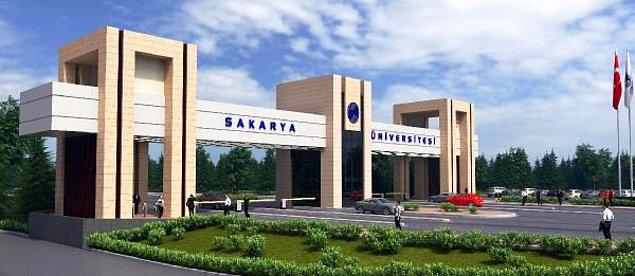 Sakarya Üniversitesi yetkilileri konuyla ilgili açıklama yapmadığı aktarılıyor. İddiaların araştırıldığı ve soruşturma başlatılacağı öğrenildi.