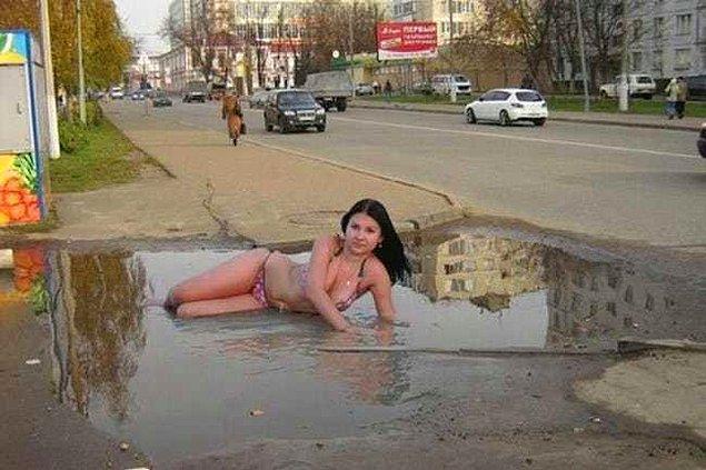 3. Bedava havuz bulunca fırsatı kaçırmayan bu kadın