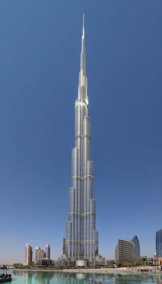 16. Dubai'deki dünyanın en uzun gökdeleninin bir kanalizasyon sistemi yok!