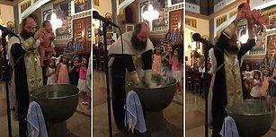 Yeni Doğan Bebeği Vaftiz Töreninde Öldüresiye Suya Daldırıp Çıkaran Din Adamı