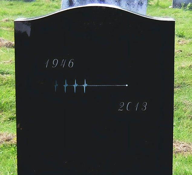 18. Minimalist bir mezar taşı... 😢
