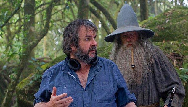 2. Peter Jackson Amazon'da yayınlanacak Yüzüklerin Efendisi dizisini yönetmeye çok yakın!