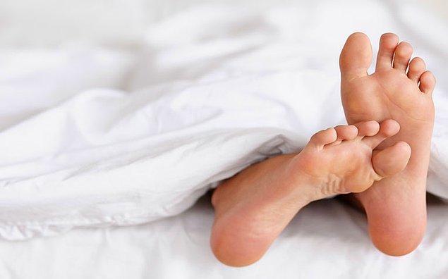 4. Huzursuz bacak sendromunuz olabilir