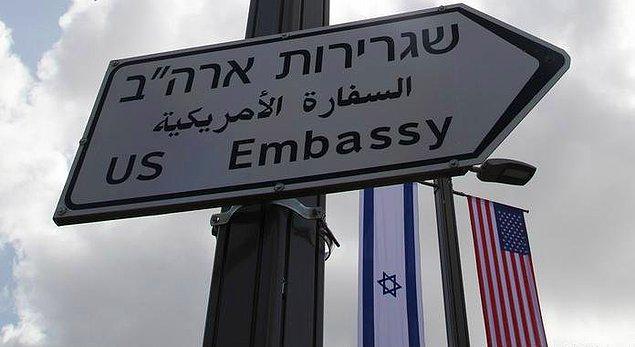 Kudüs'te ise adeta kuş uçurtulmadı. Açılış töreni nedeniyle büyükelçilik çevresinde bin polis görev yaptı.