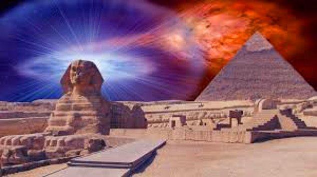 4. İnsanlığın en büyük gizemlerinden biri olan Mısır Piramitleri'ni National Geographic'ten izlemek muhteşem bir şey. Hiçbir zaman tam olarak çözülmeyeceğine inandığımız bu gizemlerin yanında, bir bakın şu piramitlerin ne hikmetleri varmış...