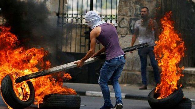 """Filistinliler bugün de Nekbe'nin 70. yılını protesto etmek için gerçekleştirilecek """"milyonluk yürüyüş""""e hazırlanıyor."""