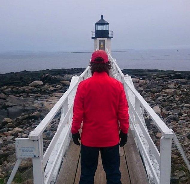 Rob'un koşu rotasında filmden birçok kent simgesi de vardı. Örneğin; Marshall Point Lighthouse.