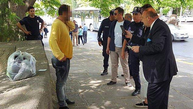 TBMM'de görevli polisler ve CHP Uşak Milletvekili Özkan Yalım, Alkaya'yı ikna etmeye çalıştı.