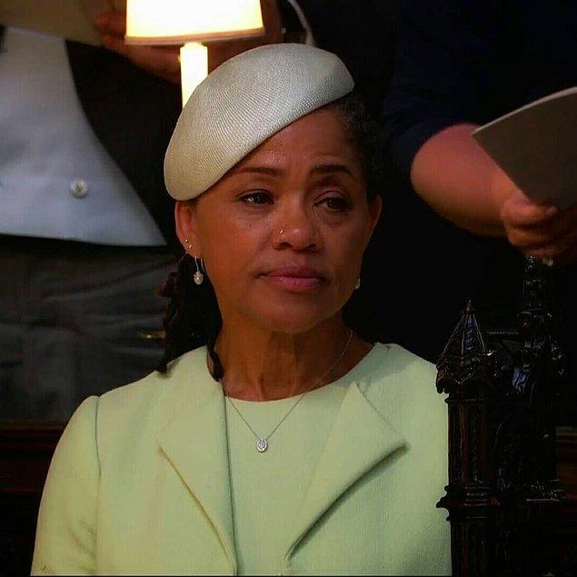 Meghan Markle'ın annesi Doria Ragland'ın tören boyunca yaşadığı heyecan ve duygusal anlar ise kameralar tarafından böyle çekildi.