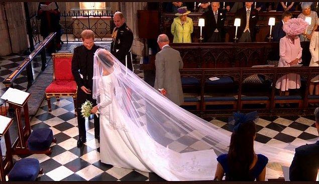 Prens Harry ile Meghan Markle, evlenir evlenmez Sussex dükü ve düşesi olacaklar. Hatta oldular bile!