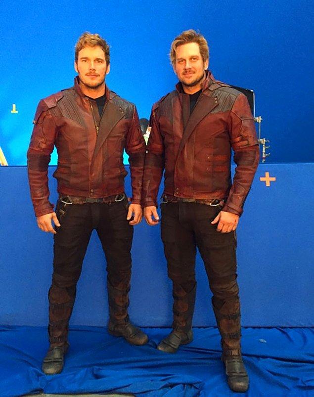 10. Chris Pratt (Star-Lord) ve dublörü Tony McFarr: