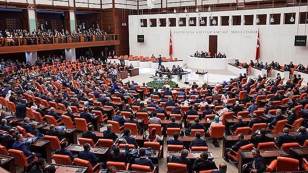 'Seçilme yaşı 18 oldu. Böyle olunca Türkiye'nin parlamentosunda bir dinamizm hakim olacak'