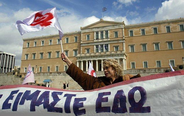 Zaten Yunan feminist kızkardeşlerimizin de bu aşağılamayı yanlarına bırakmayacaklarını biliyoruz.
