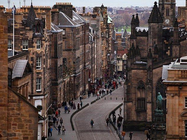 22. Edinburgh, İskoçya — 2,565$