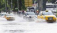 Ankara Bir Kere Daha Sağanağa Teslim! Alt Geçitleri ve İş Yerlerini Su Bastı, Yollar Trafiğe Kapatıldı