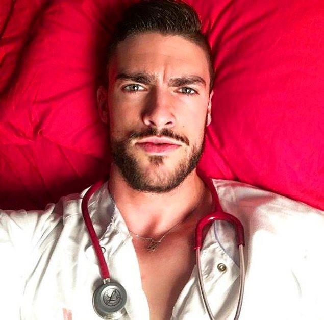 12. Fran Suarez, İspanya'nın Madrid şehrinde çalışan bir sağlık görevlisi.