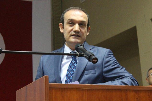 Marmara Üniversitesi Rektör Yardımcısı Prof. Dr. Recep Bozlağan bölüme öğrenci alınmayacağını açıkladı.